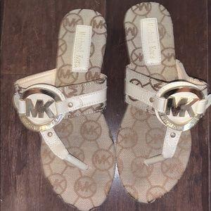 MICHAEL KORA flip flops size 7